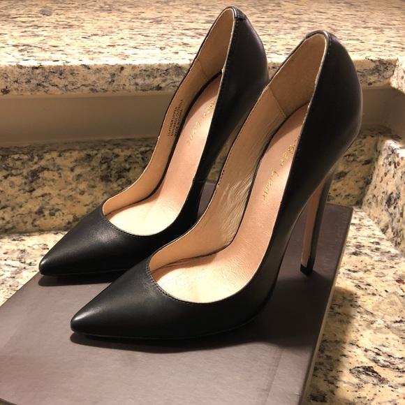 9aa4e4380a Black leather pointed toe heels